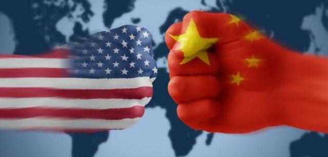 ट्रम्प यांच्या आक्रमक व्यापार युद्धामुळे चिनी सरकारला कंपन्यांच्या दिवाळखोरीची भीती